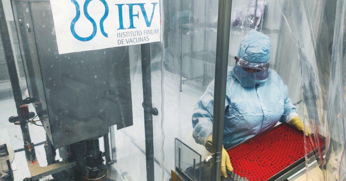 Cuba, nel laboratorio del vaccino senza brevetti per i poveri. Le prime somministrazioni ad aprile
