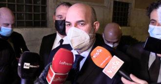 """Statuto M5s, per l'associazione Rousseau Vito Crimi non è più leader. Grillo smentisce: """"Fino alla nomina del comitato resti capo politico"""""""