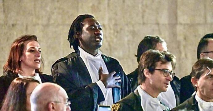 """Napoli, la giudice onoraria chiede all'avvocato di colore: """"Ma lei è laureato?"""". Lui si sfoga sui social: """"Non è razzismo, solo idiozia"""""""