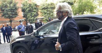 Il ritorno di Beppe Grillo alla guida del M5s nel momento più difficile: come è cambiato e perché resta lui il garante della linea