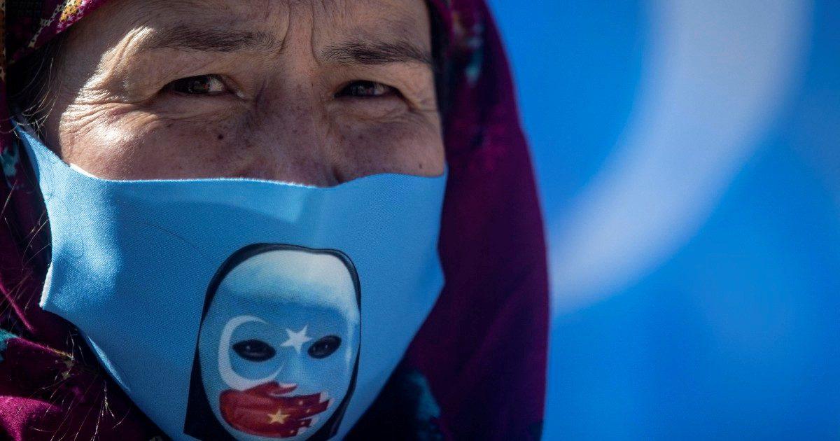 L'accusa a Erdogan: gli uiguri alla Cina in cambio del vaccino