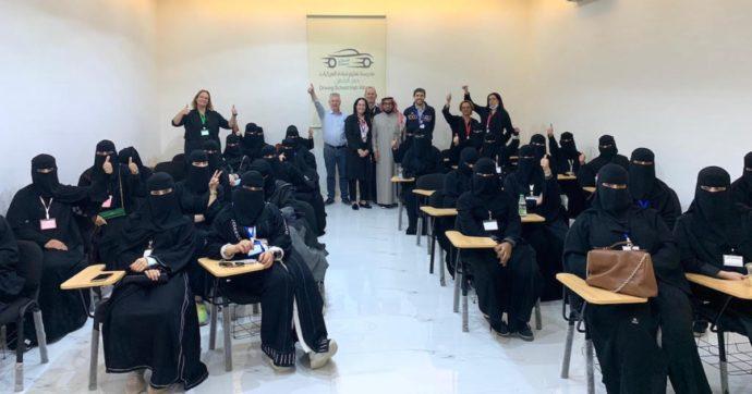Perché (e come) diventare istruttrici di guida in Arabia Saudita