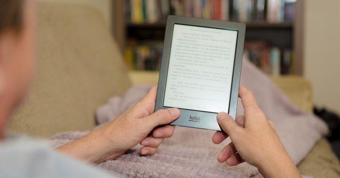 E-book, quali sono i 'rosa' più letti in Italia e quali le città più romantiche