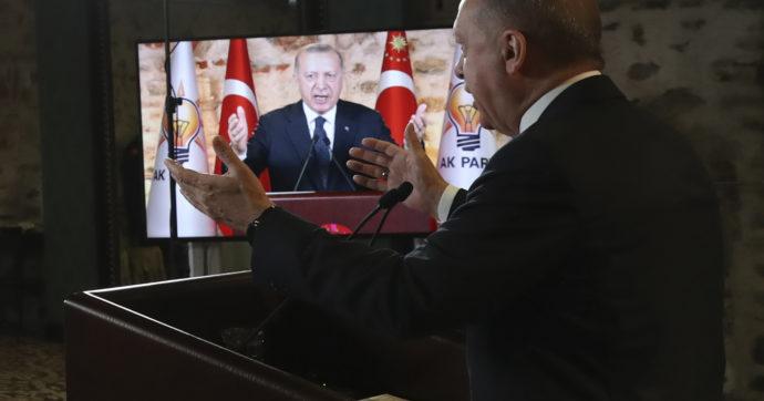 Turchia: Erdoğan colpisce ancora, nuovo licenziamento alla banca centrale. Grandi ambizioni geopolitiche ma casse vuote