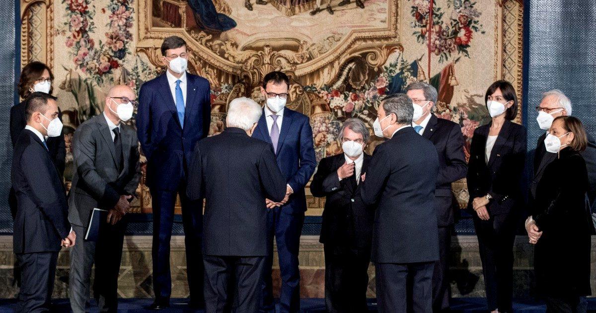 """""""Ministri, sobrietà"""". Il primo monito del premier Draghi"""