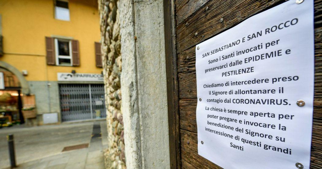 La chiesa di Nembro, paese della Val Seriana tra gli epicentri dell'epidemia (LaPresse/Claudio Furlan)