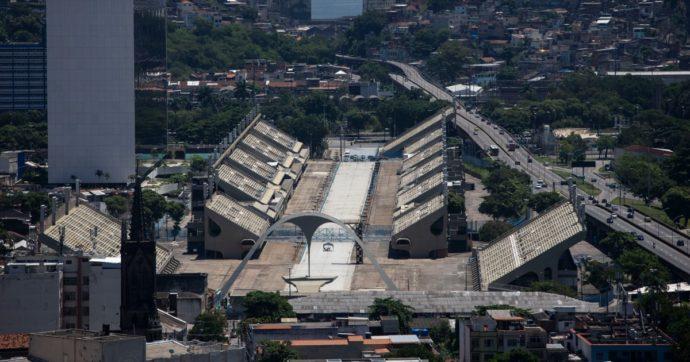 Brasile, il Sambodromo di Rio de Janeiro diventa un centro per i vaccini Covid agli anziani