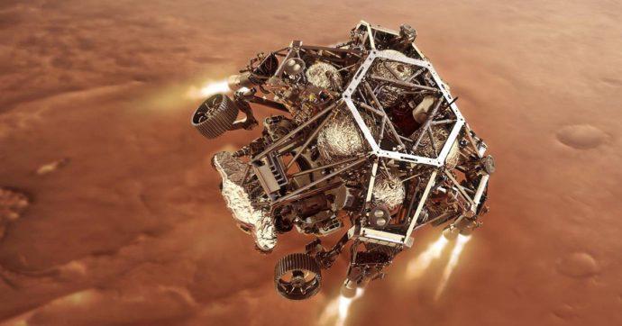"""Perseverance su Marte, la sonda della Nasa """"ammarta"""". L'emozione degli scienziati e la prima foto con un tweet: """"Hello, world"""""""