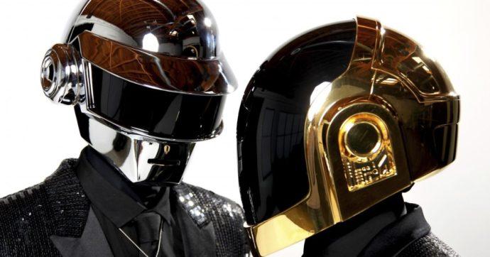 Addio ai Daft Punk: si sono sciolti dopo 28 anni di carriera. L'annuncio nell'ultimo video insieme