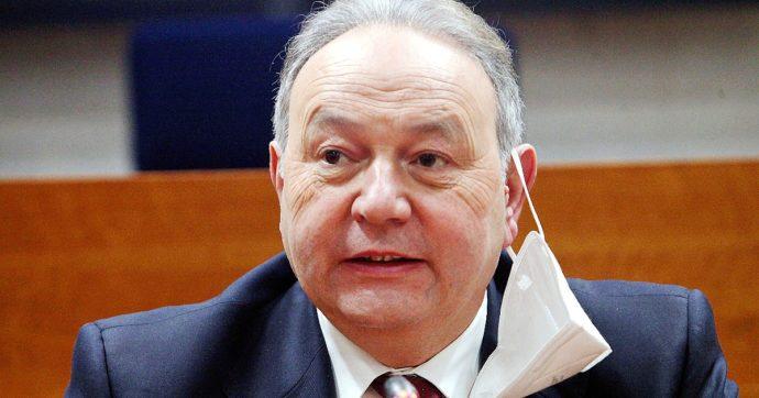 Corruzione all'Asl di Caserta, indagato per traffico d'influenze anche il presidente del Consiglio della Campania Gennaro Oliviero