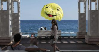 Coronavirus, Nizza ha il triplo dei contagi della Francia: ipotesi lockdown nei weekend. Timori in Liguria per il rischio di aumento dei casi