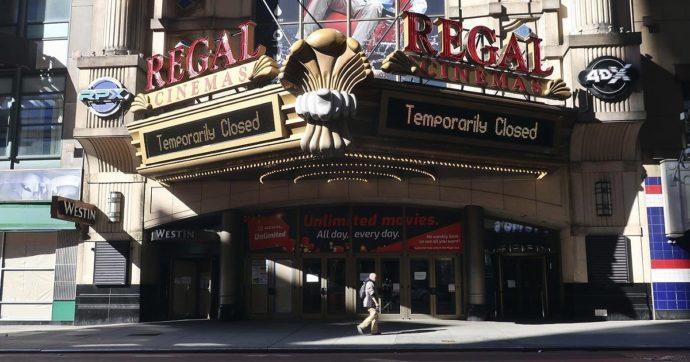Covid, New York riapre le sale cinematografiche dal 5 marzo. Ecco come sarà possibile guardare un film sul grande schermo