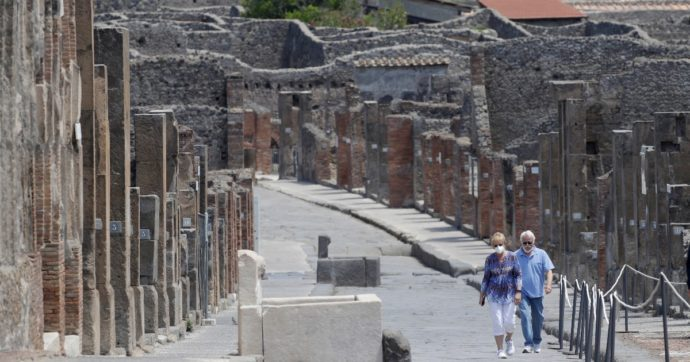 """Pompei, Zuchtriegel è la scelta di Franceschini per la guida del parco. Due consiglieri scientifici si dimettono: """"Stupiti, non ha curriculum adatto"""""""