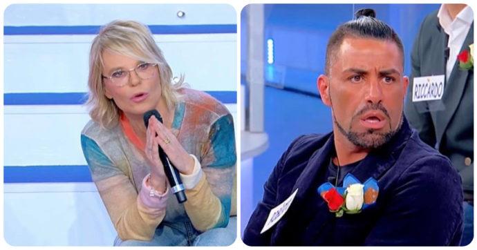 """Uomini e Donne, Maria De Filippi furiosa con Roberto: """"Non cado dal pero e non sono scema"""""""