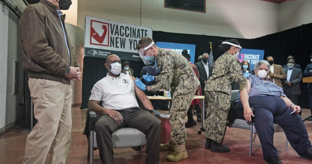 """Coronavirus, la nuova variante newyorkese si diffonde: """"E' ancora più pericolosa"""""""