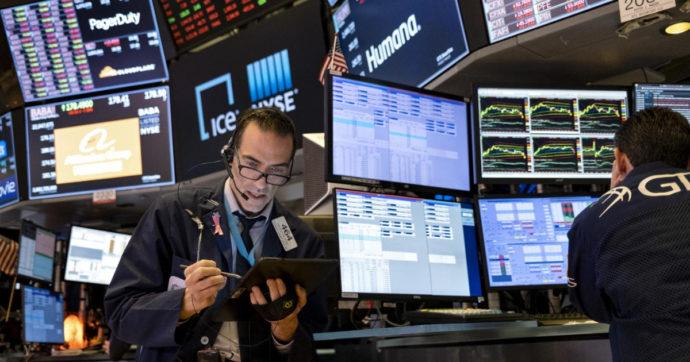 Spread sopra i 102 punti, rendimento dei titoli di Stato in aumento su tutti i mercati, pesano i timori di una ripresa l'inflazione
