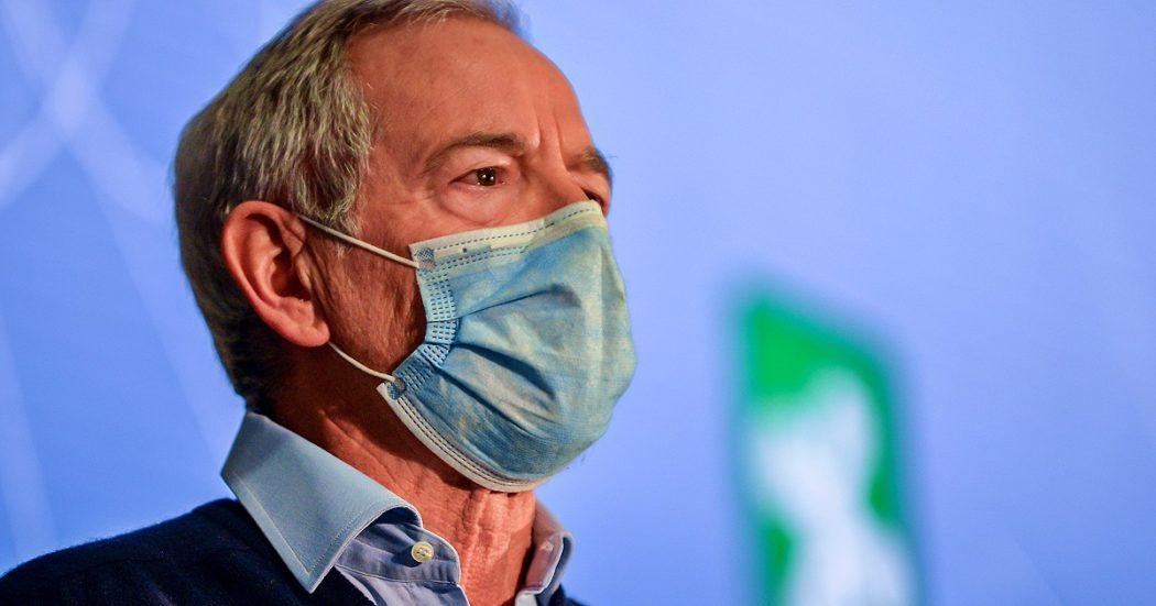 Vaccini, ora Bertolaso vuole lasciare la Lombardia: 'Non c'è più bisogno di me, macchina organizzata'. Fontana: 'Continuerà a coordinare'