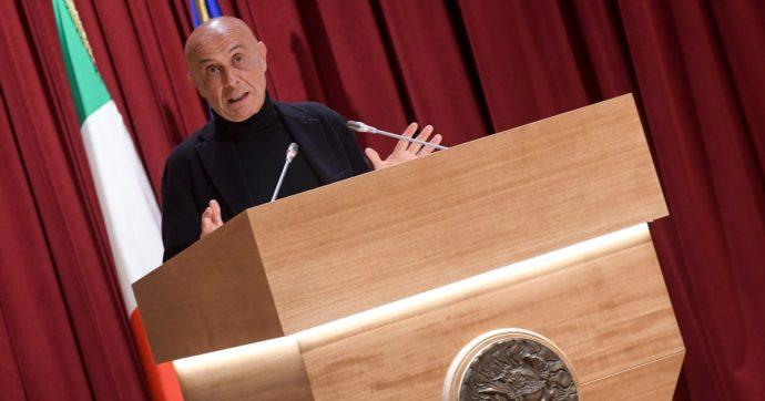 Marco Minniti si dimette da deputato del Pd: guiderà la fondazione di Leonardo
