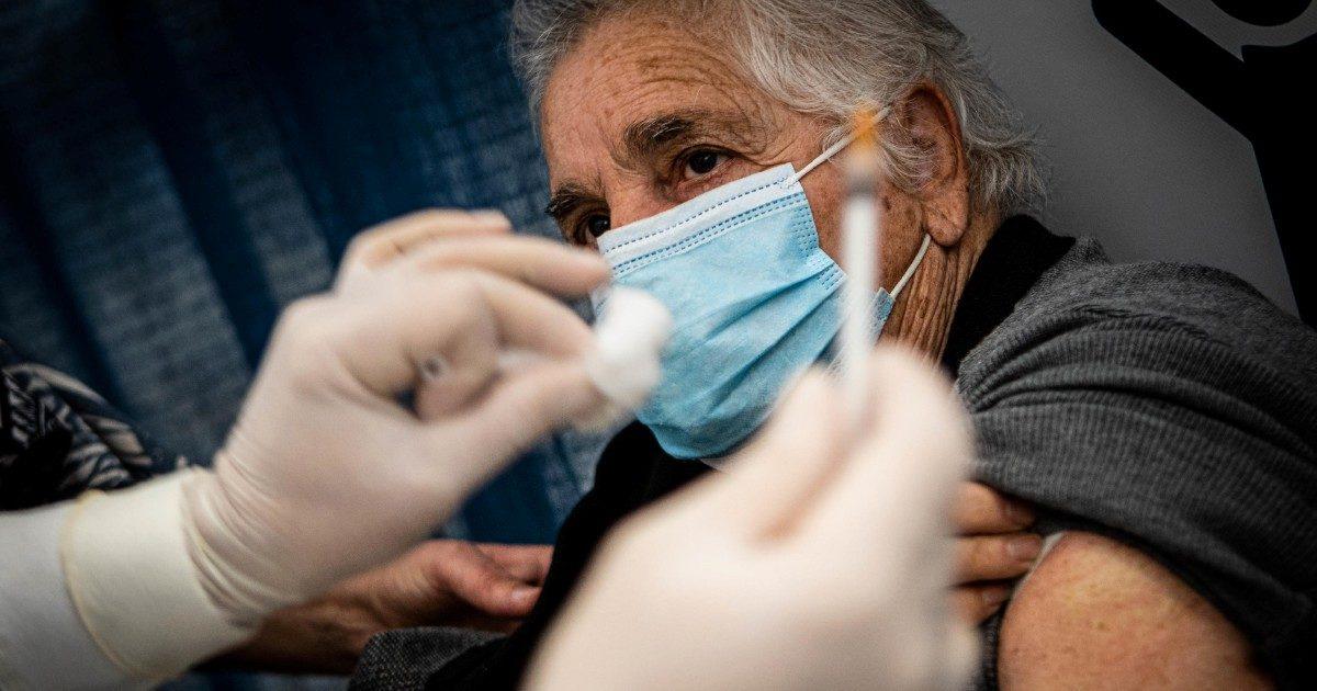 Vaccino Reithera: ok Ue all'aiuto di Stato italiano da 40 milioni