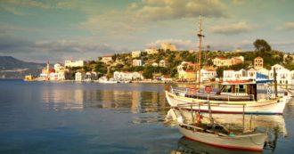 L'isola del film Mediterraneo è Covid free: vaccinati tutti gli abitanti di Kastellorizo. Così la Grecia vuole far ripartire il turismo