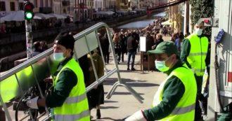 Milano, ingressi contingentati sui Navigli e transenne sulla Darsena dopo la folla di sabato sera