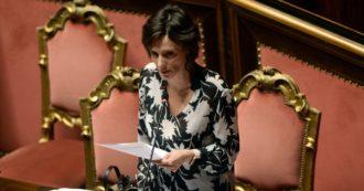 """Khashoggi, per la ministra renziana Bonetti l'Arabia """"ha iniziato un percorso di allargamento diritti"""". Dalle donne ai lavoratori: ecco quelli negati"""
