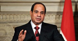"""Egitto, l'ex presidente del sindacato dei giornalisti: """"Al-Sisi ha azzerato la libertà di stampa per bloccare il dissenso"""""""