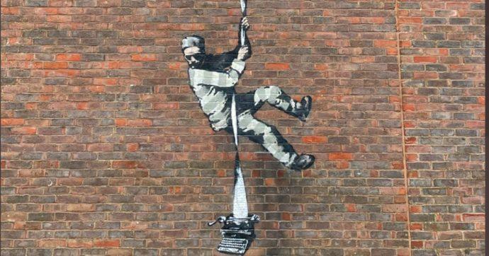 Banksy, il detenuto evade dal carcere con una macchina da scrivere è la sua ultima opera