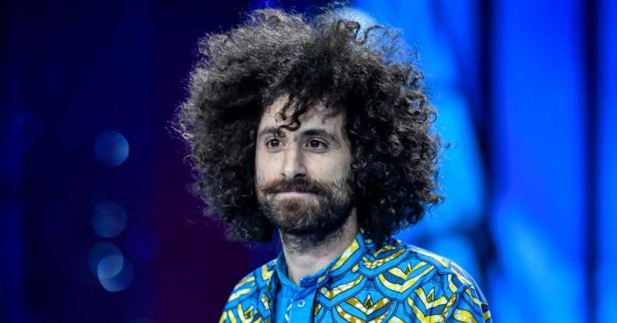 """Sanremo 2021, chi è Gio Evan, il """"Poeta di Instagram"""" colonna sonora dell'addio di Elisa Isoardi a Matteo Salvini"""