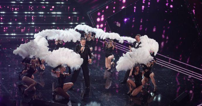 Sanremo 2021, sul palco la fiera dello spreco. E noi paghiamo