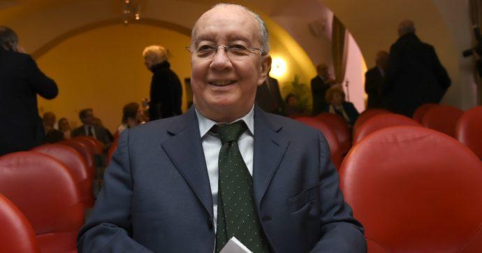 Carlo Tognoli, morto a 82 anni l'ex sindaco socialista di Milano e due volte ministro nei governi Goria, De Mita, Andreotti e Craxi