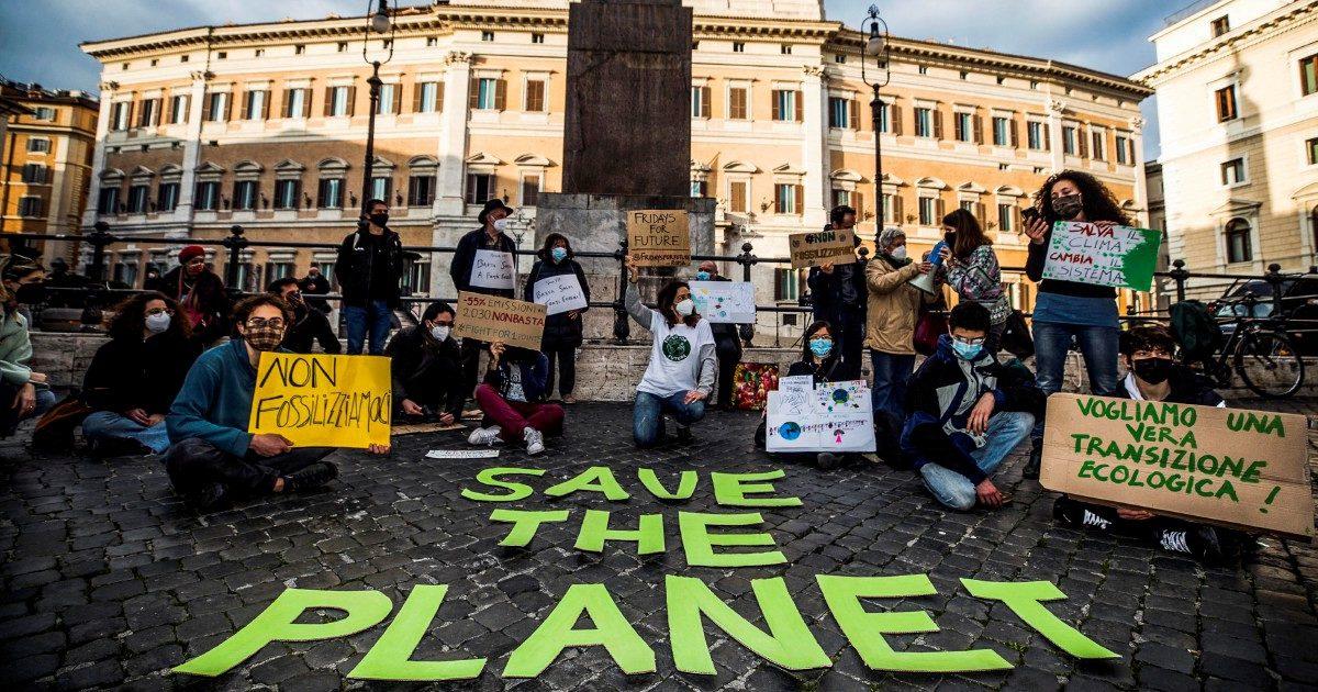 """Comitati e ambientalisti scrivono a Draghi e Cingolani: """"Autorizzazioni più trasparenti"""""""