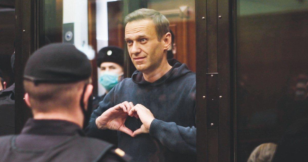 """""""Nella prigione Ik-2  rischi stupri e torture: Navalny è all'inferno"""""""