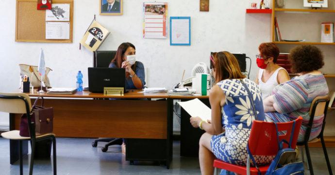 """Scuola, per i docenti che si vaccinano scatta la """"trattenuta Brunetta"""", meno soldi se si sta a casa per gli effetti collaterali"""