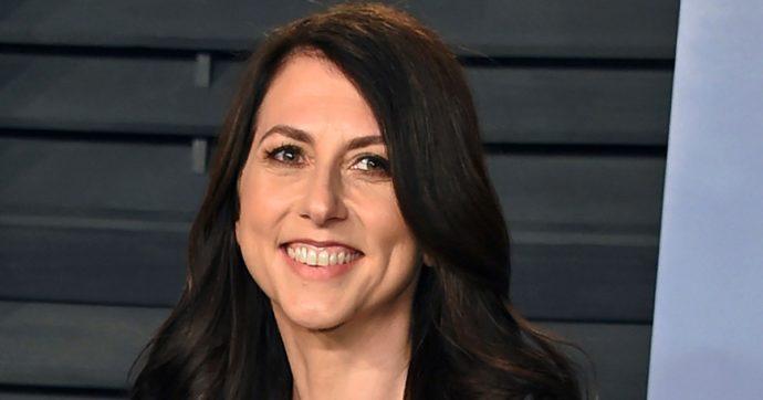 MacKenzie Scott, ex moglie di Bezos, si è risposata con un professore di scienze di Seattle