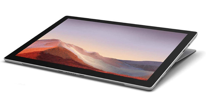Microsoft Surface Pro 7, tablet professionale da 12 pollici in offerta su Amazon con sconto di 527 euro