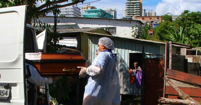 Covid, record di morti in un giorno per il Brasile: 1.972 decessi nelle ultime 24 ore