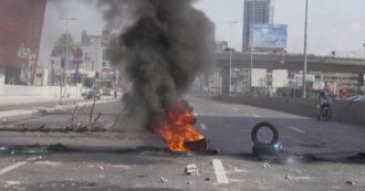 Pneumatici in fiamme e strade bloccate: in Libano proteste contro la crisi della moneta – Video