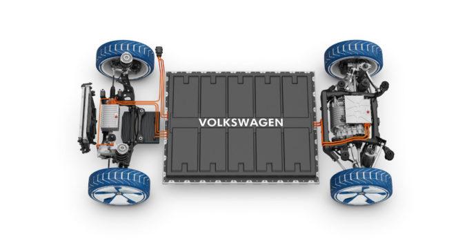 """Auto elettriche, Volkswagen: """"Sei nuove fabbriche di batterie in Europa entro il 2030"""""""