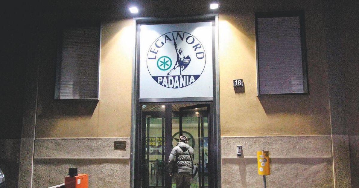 """Fondi Lega, """"società fallita e bancarotta"""". Nuove accuse per il contabile di Salvini"""