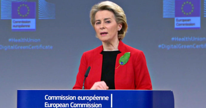 """Von der Leyen: """"La legge ungherese anti-lgbt? Una vergogna"""". Budapest: """"Le sue parole lo sono"""". Merkel: """"Norma sbagliata"""""""
