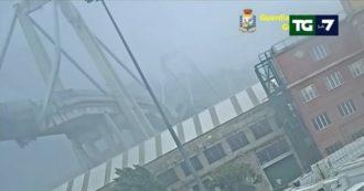 Ponte Morandi, il Tg La7 mostra in esclusiva le usure sullo strallo responsabile del crollo: il video del 2015