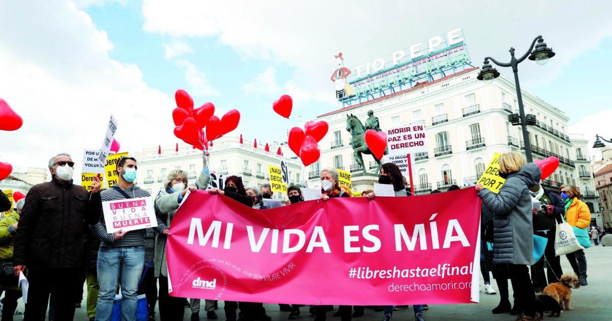 La patria dei diritti civili: è la Spagna dell'eutanasia, una legge di sinistra