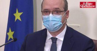 """Vaccino Johnson&Johnson, riunione ministero della Salute-Aifa dopo lo stop Usa. Magrini (Aifa): """"Valutiamo a breve se darlo agli over 60"""""""