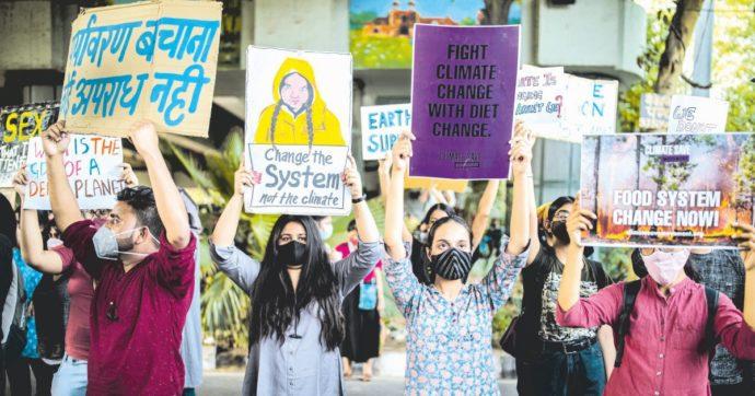 Chi governa manipola il linguaggio, ma per fermare il riscaldamento globale le parole non bastano