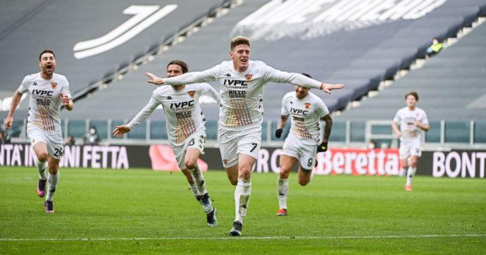 Il tweet incomprensibile del Benevento per la gioia della vittoria contro la Juve a Torino