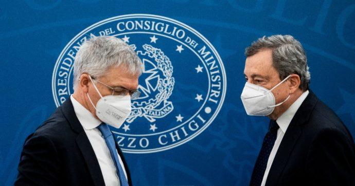 Caro bollette, vertice a Palazzo Chigi tra Draghi, Franco e Cingolani: si va verso un decreto ad hoc, ma non nel cdm di oggi