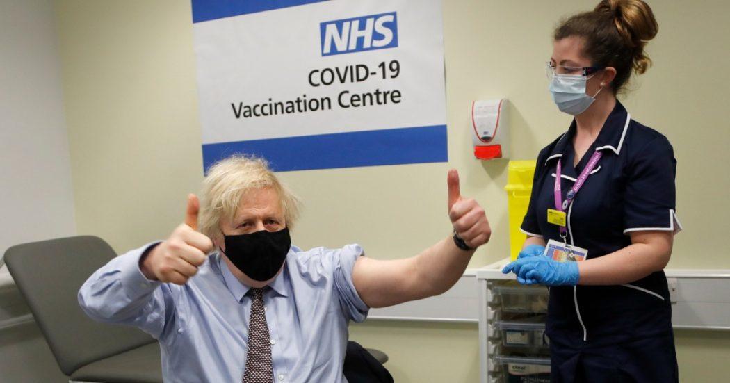 Londra, dietro al record di somministrazioni di vaccini non solo medici ed esercito. Così Uk ha formato 80mila volontari per le iniezioni