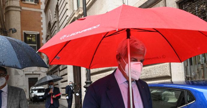 """Leonardo, il rinvio del collocamento di Drs non piace alla Borsa. Titolo giù del 6%. Salvini: """"Serve cambio dirigenza"""""""