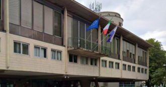 Trentino, rimborso spese chilometrico anche ai consiglieri che seguono le sedute online: basta autocertificare di essere in ufficio